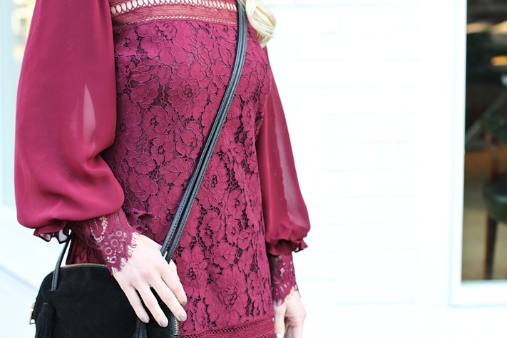 lace dress details from rent the runway
